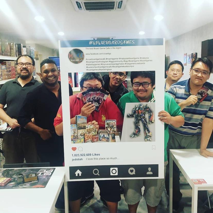 entrepreneurs' stories Vivae Board Game Cafe